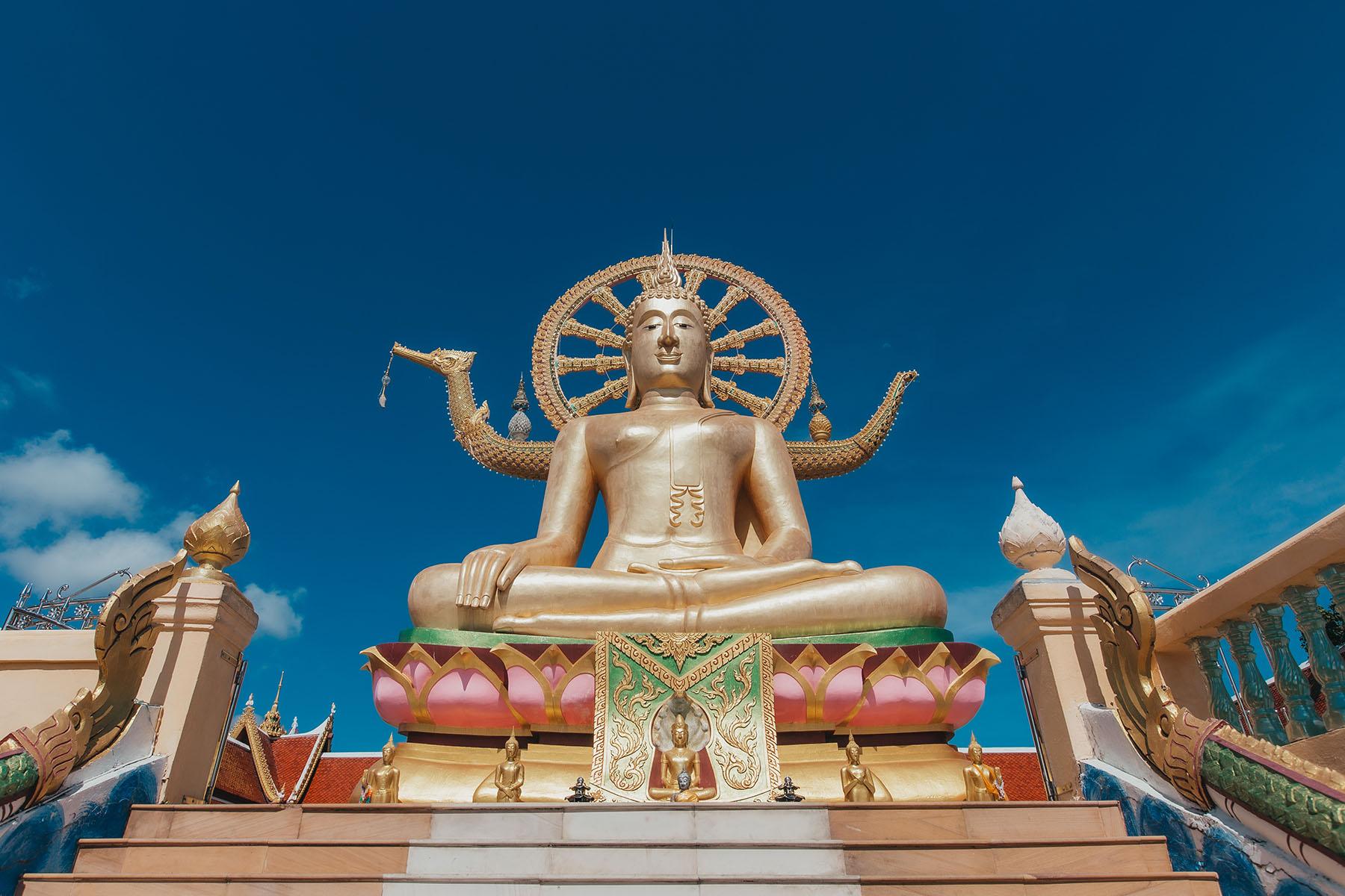 Abbildung Big Buddha Statue am Wat Phra Yai Tempel auf Koh Samui