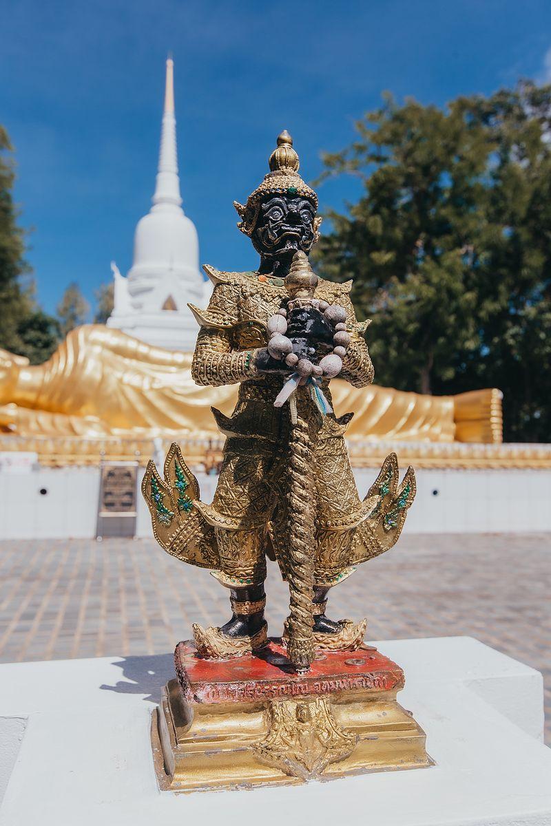 Tempelwächter im Wat Khao Chedi Tempel Koh Samui