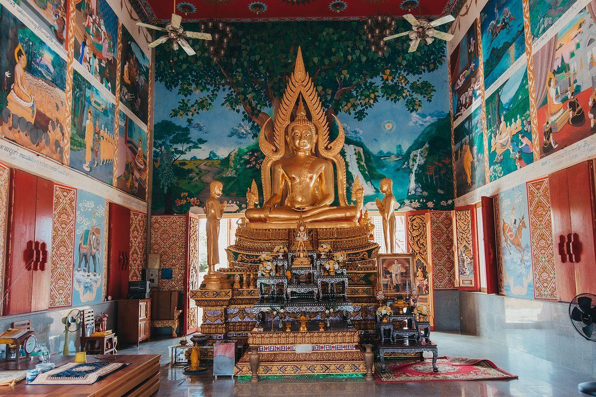 Wat Plai Laem Tempel Koh Samui Buddha