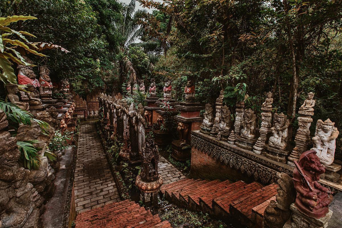 Dusit Dheva Koh Samui Cultural Center - Innenbereich der Anlage